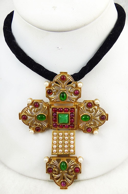Maltese Crosses - Elizabeth Taylor  for Avon Katherina Cross Brooch/Necklace