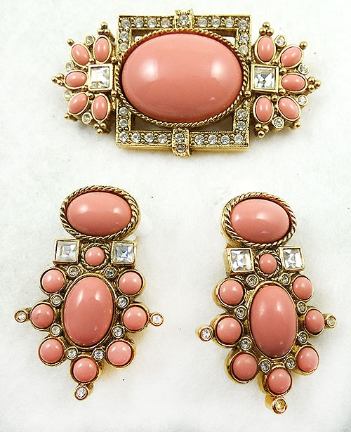 Avon - Elizabeth Taylor for Avon Sea Coral Brooch Set