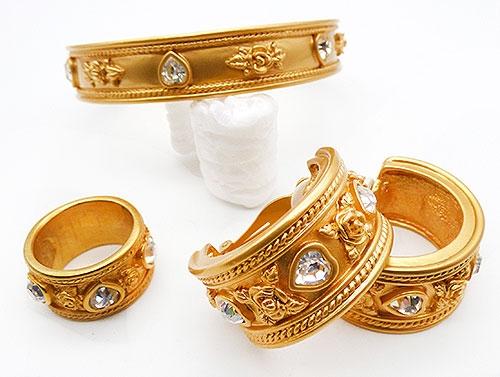 """Avon - Elizabeth Taylor """"Love Blooms"""" Bracelet Earrings Ring"""