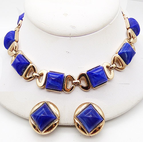 Sets & Parures-Unsigned - Trifari Blue Sugarloaf Stone Necklace Set