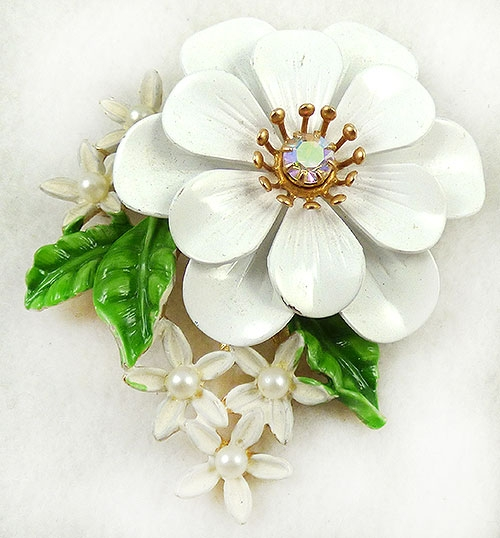 Newly Added Art White Enamel Floral Bouquet Brooch