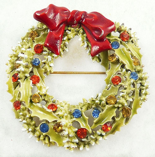 Newly Added Art Christmas Wreath Brooch