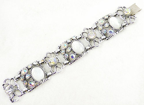 Newly Added Selro Moonstone Cabachon Bracelet