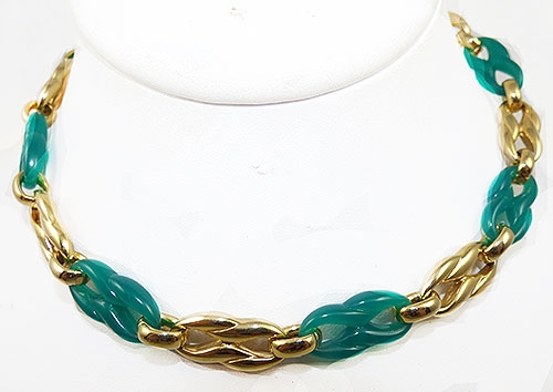 Trend 2020: Chunky Chain Necklaces - Christian Dior Green and Gold Link Necklace