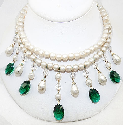 Pearl Jewelry - Pearl and Green Glass Drop Bib Necklace