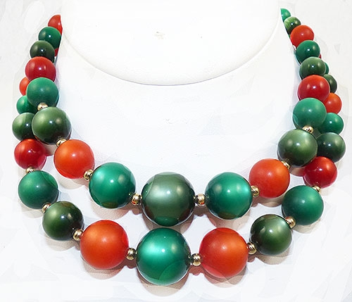 Coro/Corocraft - Coro Christmas Moonglow Bead Necklace