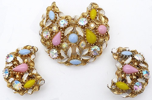 Newly Added Pastel Cabochon Crescent Brooch Set