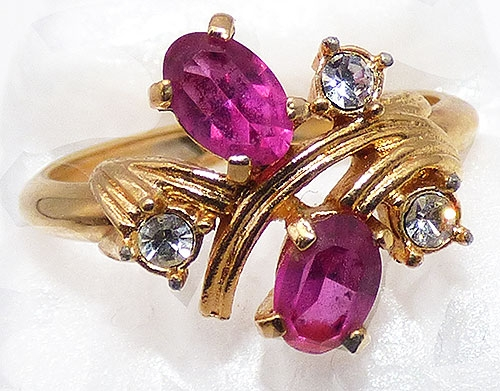 Newly Added Avon Royal Radiance Fuchsia Ring
