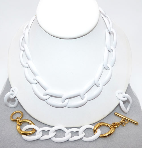 Monet - Monet White Curb Chain Demi-Parure