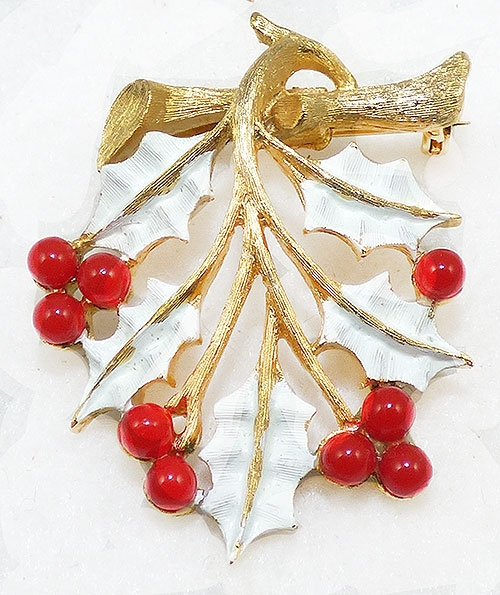 Brooches - Jonette Jewelry (JJ) White Holly Brooch