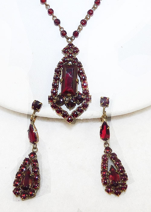 Czechoslovakia - Czech Garnet Glass Necklace Earrings Set