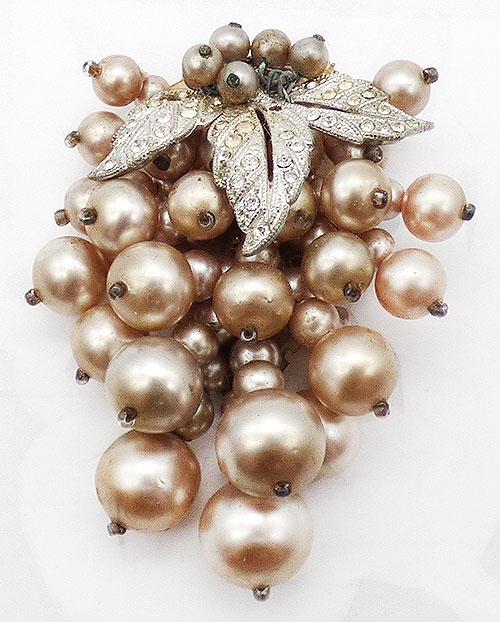 Haskell, Miriam - Miriam Haskell Faux Pearls Dress Clip