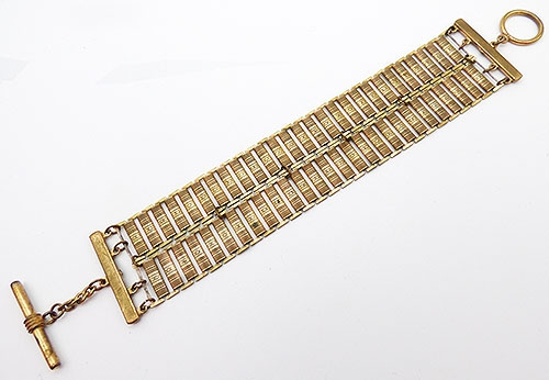 Trend 2020: Gold Link Bracelets - Brass Double Book Chain Bracelet