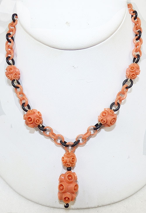 Bakelite, Celluloid, Galalith - Coral and Black Celluloid Necklace