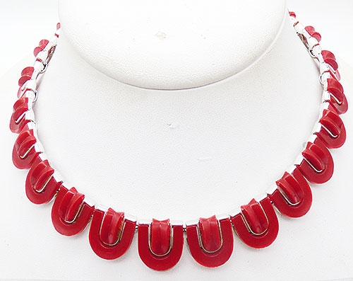 Newly Added Lisner Red Plastic Link Necklacde