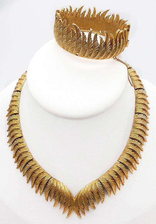 Trifari - Trifari Gold Feathers Necklace and Bracelet Demi