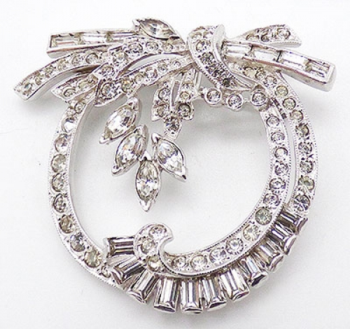 Trend 2020-2021: Circles Hoops and Tubes - Mazer/Jomaz Clear Rhinestone Wreath Brooch