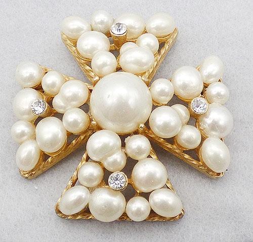 Crosses - Vogue Faux Pearl Maltese Cross Brooch