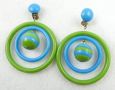 Description Vintage Hong Kong Plastic Hoop Clip Earrings Mod Bright Green And Blue Hoops With A Large Dangling Bead Inside Made Of Alternating